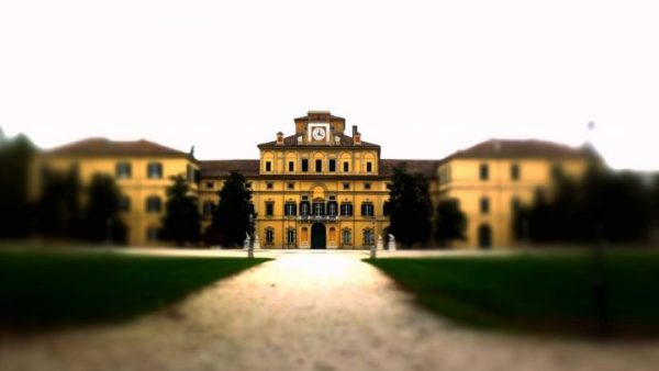 parma angoli palazzo ducale